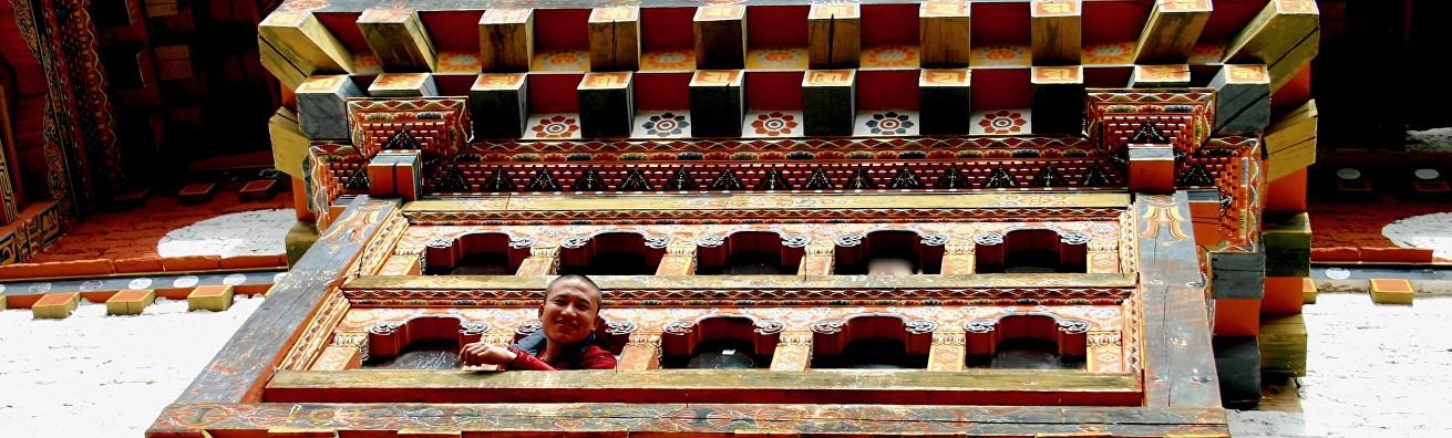 exclusive-bhutan-treks-and-tours-enjoy-the-real-magic-kingd